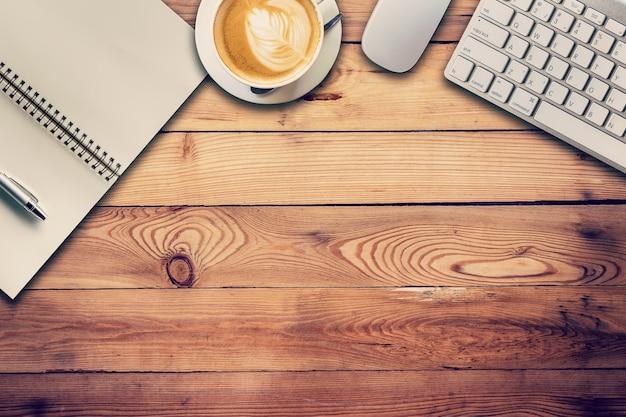 Table haute pour bureau cotica ergonomie et handicap nouvelles