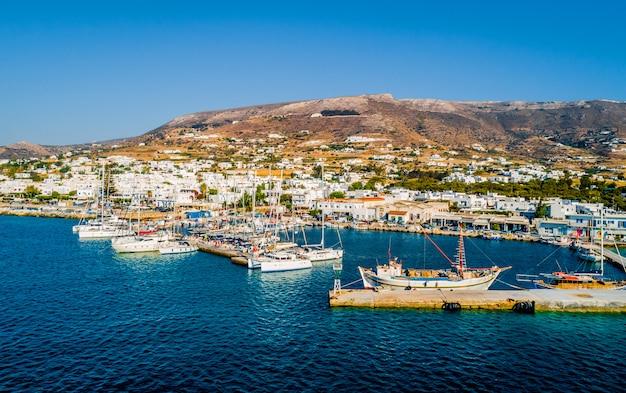 Vista aerea del litorale su paros islans Foto Premium