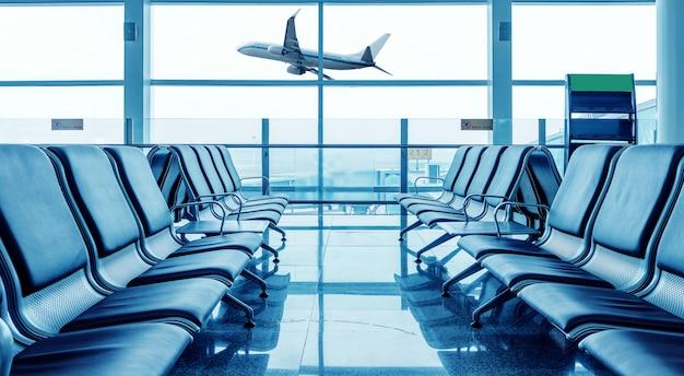 Sedia dell'aeroporto Foto Premium