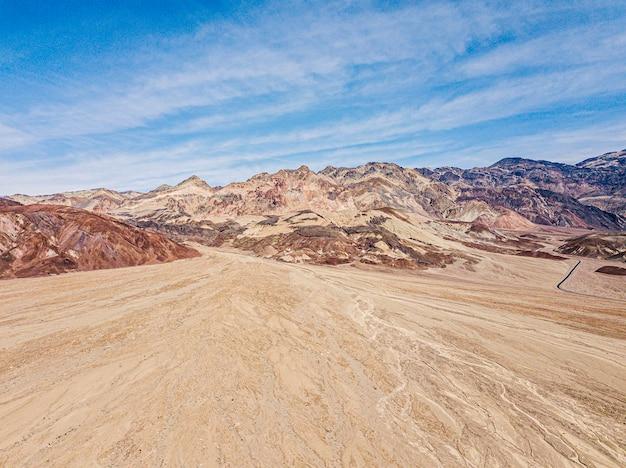 Incredibile vista del colorato artista della tavolozza.parco nazionale della valle della morte.california.usa Foto Premium