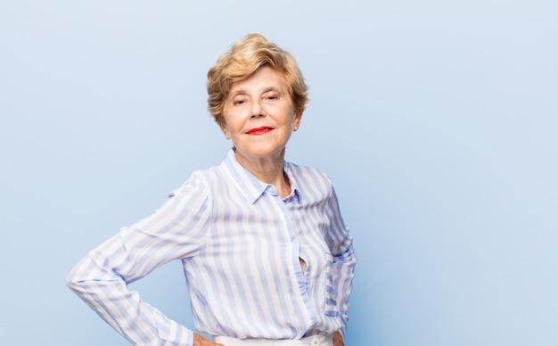 Bella donna anziana ritratto Foto Premium