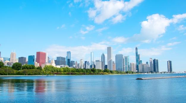 Bella vista sulla città di chicago Foto Premium