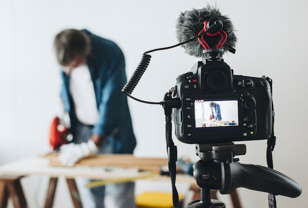 Fotocamera che registra un video per un blogger fai-da-te Foto Premium