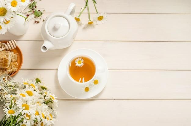 Camomilla e tè al miele Foto Premium
