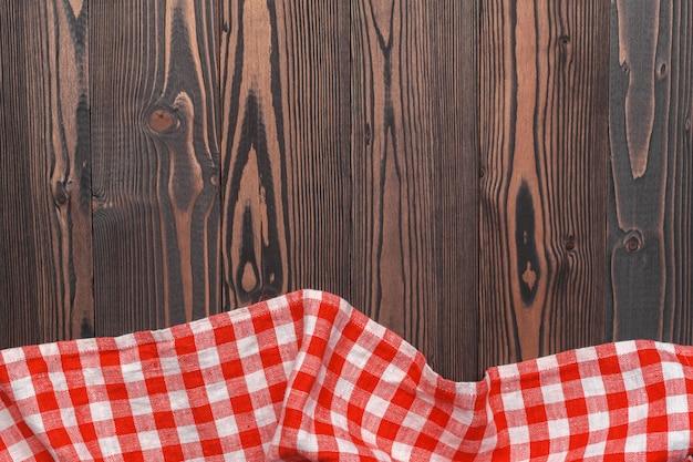 Tovaglia A Scacchi Sul Tavolo Di Legno Foto Premium