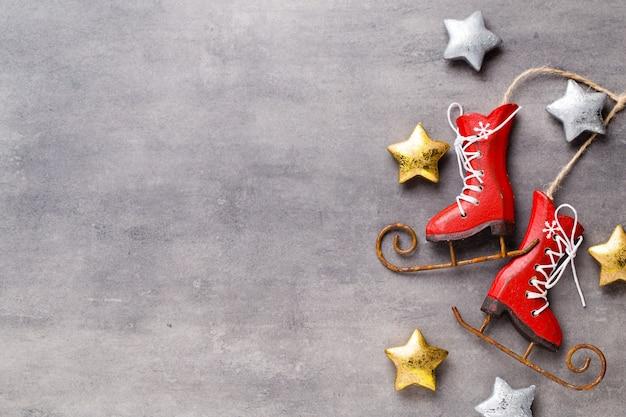 Decorazioni natalizie. biglietto di auguri di natale. simbolo di natale. Foto Premium