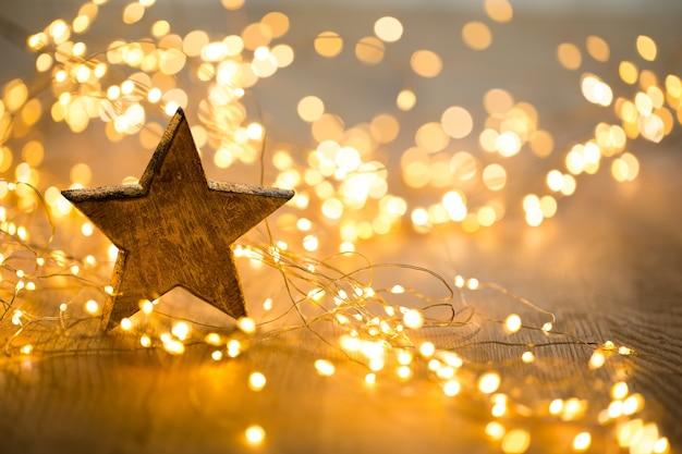 Biglietto di auguri di natale. decorazione festiva. anno nuovo concetto. lay piatto. vista dall'alto. Foto Premium
