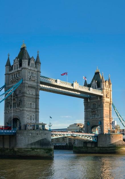 Primo piano del tower bridge di londra, regno unito Foto Premium