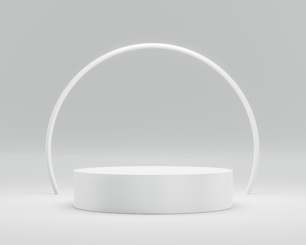 Esposizione vuota del piedistallo o del podio su fondo bianco con l'anello del cerchio e concetto di successo. Foto Premium