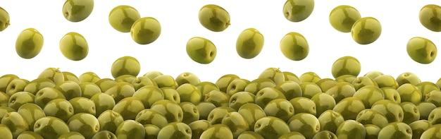 Olive verdi di caduta isolate su bianco, mucchio di olive marinate verdi, modello senza cuciture Foto Premium