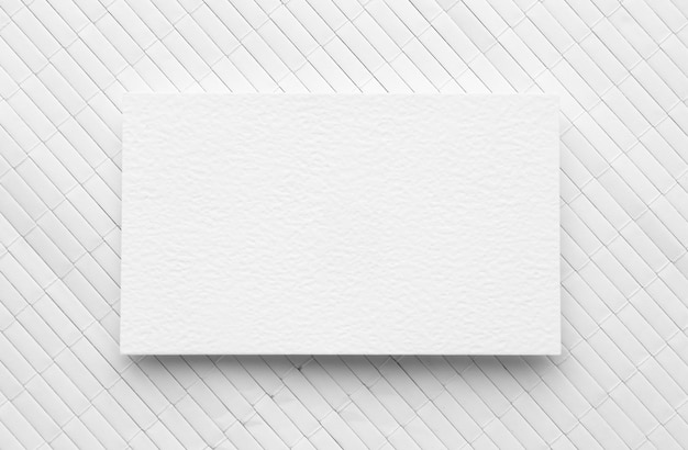 Biglietto da visita piatto spazio copia laici su sfondo bianco Foto Premium