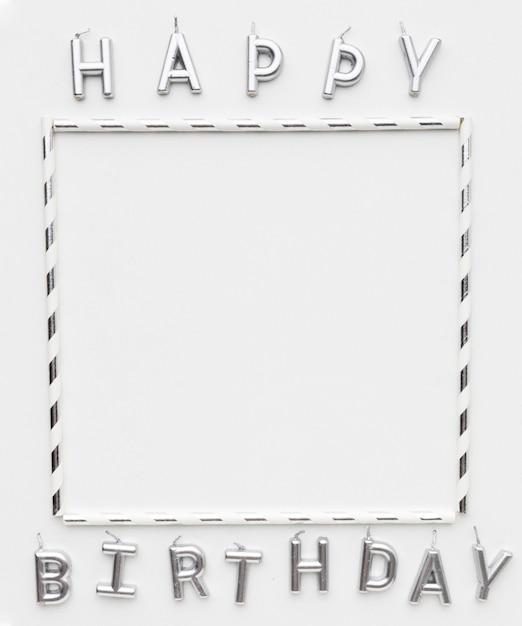 Cornice e messaggio di buon compleanno Foto Premium