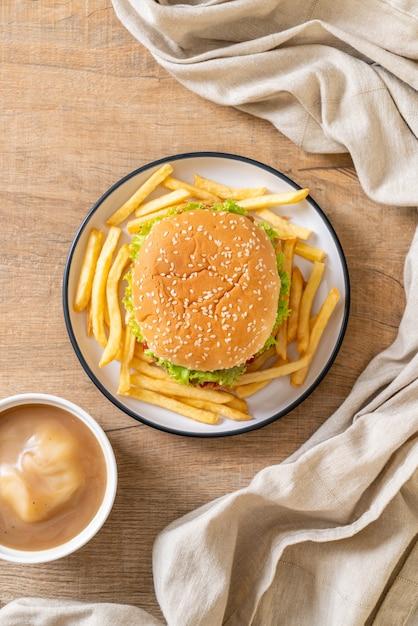 Hamburger di pollo fritto Foto Premium