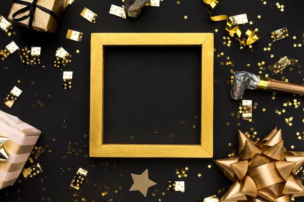 Decorazioni dorate per la festa di compleanno Foto Premium