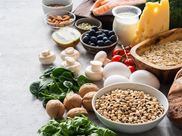 Ingredienti sani grezzi e puliti - Foto Premium