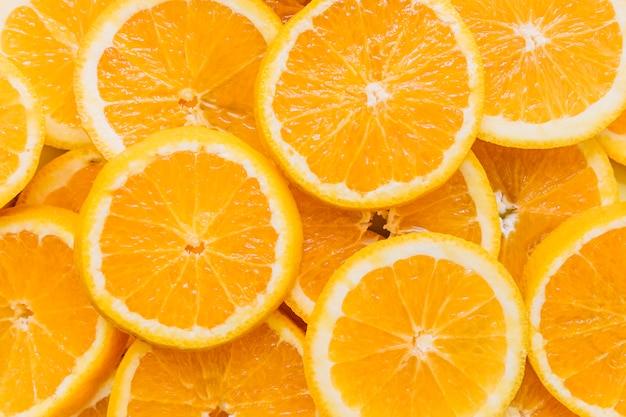 Mucchio di yummy affettato arance Foto Premium