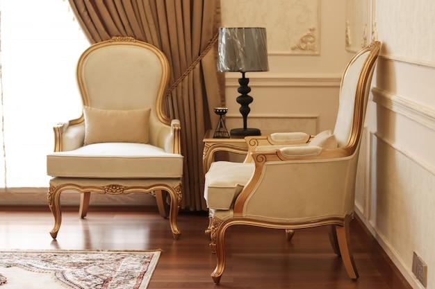 Sedie Classiche Di Lusso.Sedie Classiche Di Lusso Foto Premium