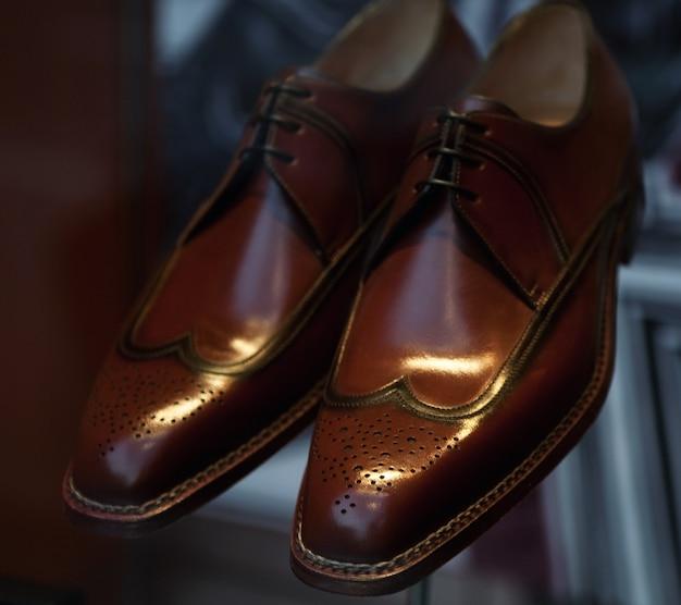 Scarpe da uomo di lusso da vicino Foto Premium