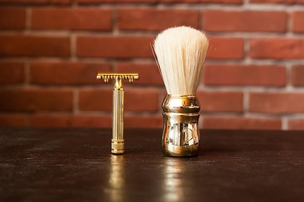 Macchina per barba e pennello Foto Premium