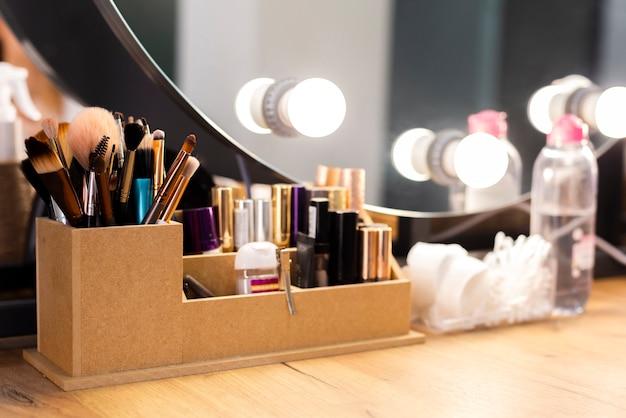 Prodotti per il trucco con set di pennelli Foto Premium