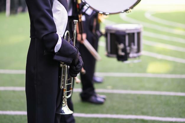 Fanfara con corno e tamburo Foto Premium