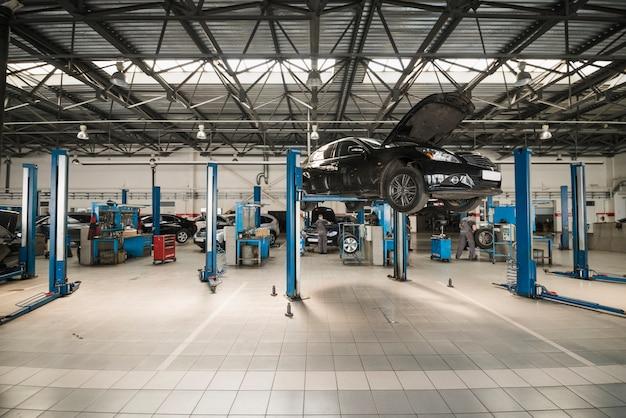 Composizione di meccanica dell'automobile moderna Foto Premium