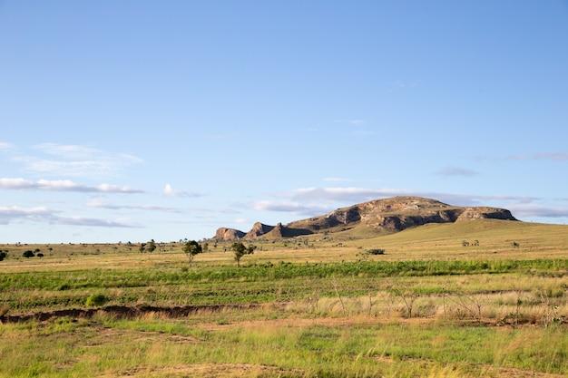 Villaggio di montagna in madagascar Foto Premium