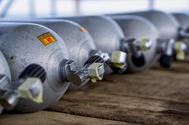 Bombole di ossigeno per immersioni subacquee Foto Premium
