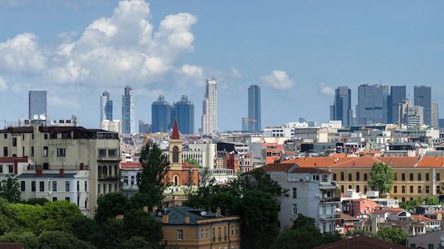 Vista panoramica di istanbul dalla torre di galata. ponti, moschee e bosforo. istambul, turchia. Foto Premium