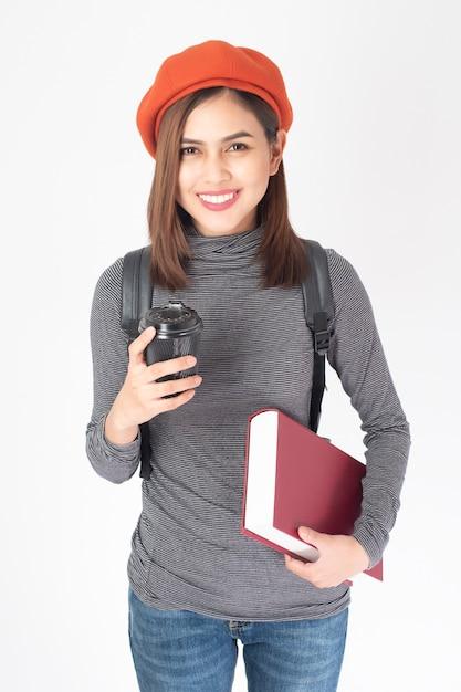 Ritratto di donna bella università su sfondo bianco Foto Premium