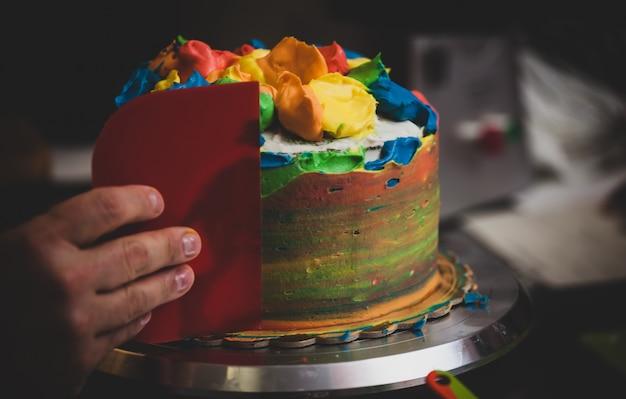 Preparazione di dolci e pasticcini di carnevale. Foto Premium