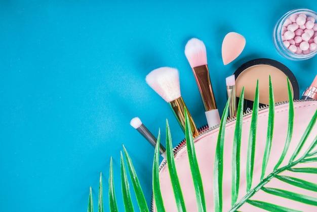 Set di cosmetici per il trucco professionale Foto Premium