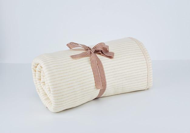 Concetto di cura della pelle neonato sensibile Foto Premium