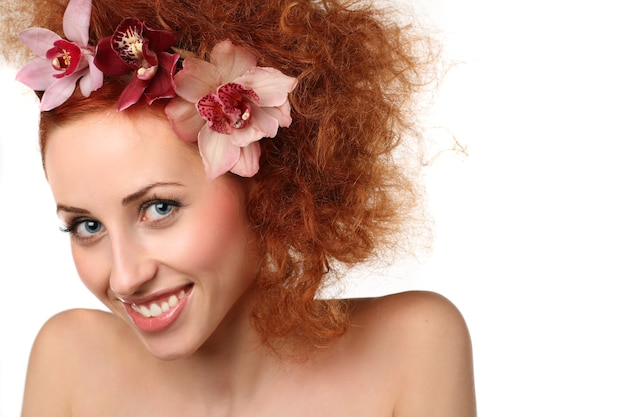 Donna sorridente in posa Foto Premium