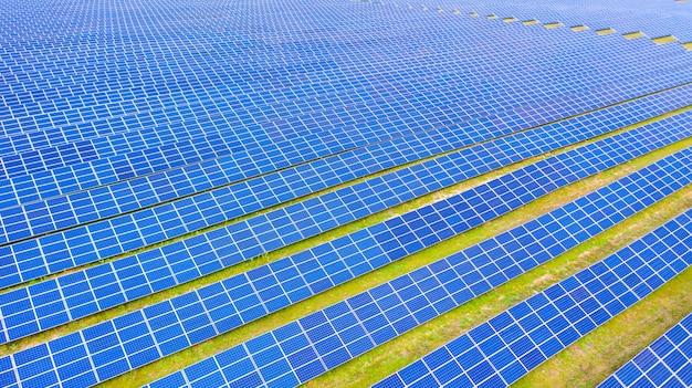 La fattoria solare una foto aerea Foto Premium