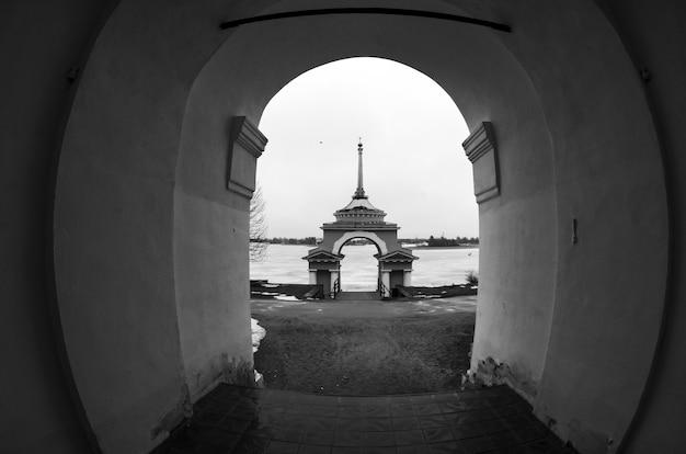 Isola di stolobny, lago seliger, russia Foto Premium