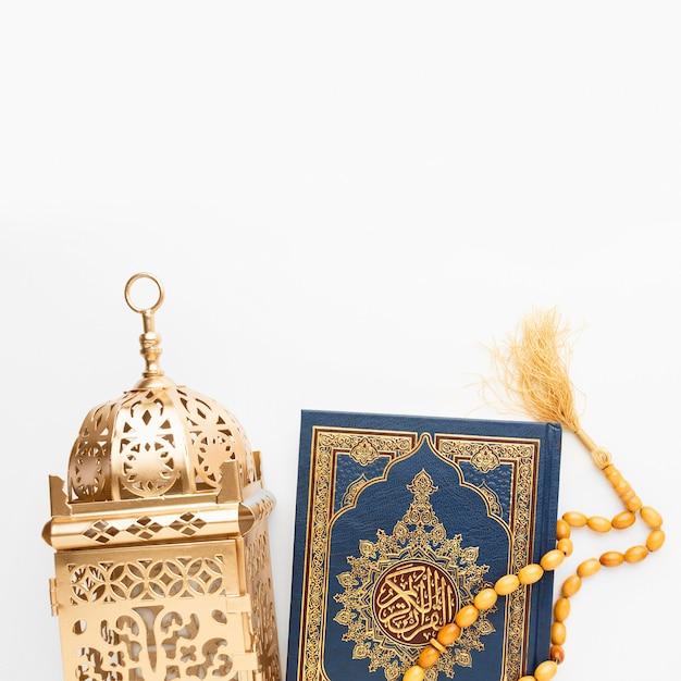 Vista dall'alto concetto islamico di nuovo anno con spazio di copia Foto Premium