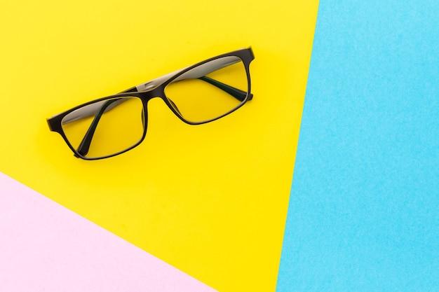 Vista dall'alto nuovi occhiali da vista Foto Premium