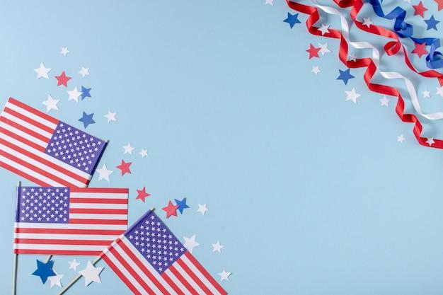 Vista dall'alto bandiere e stelle usa con copia-spazio Foto Premium