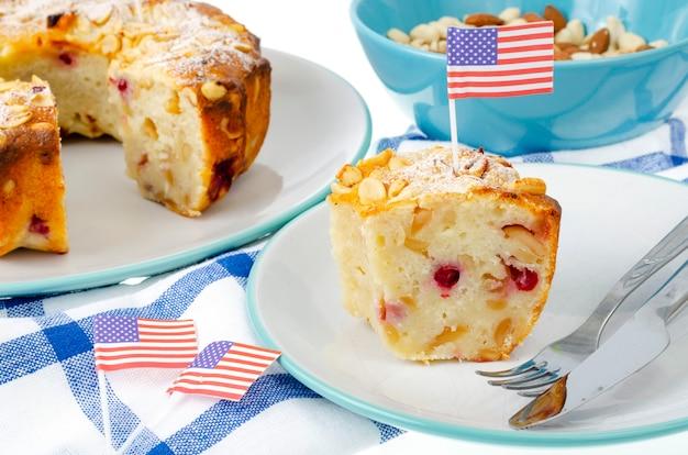 Bigné di dolci fatti in casa tradizionali per il giorno dell'indipendenza. foto di studio Foto Premium