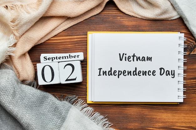 Giorno di indipendenza del vietnam del calendario del mese di autunno settembre Foto Premium