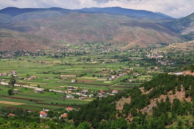 La vista sulle montagne dell'albania Foto Premium