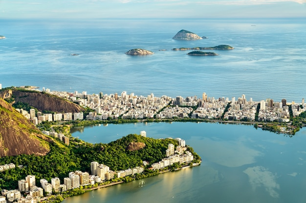 Vista di ipanema dal corcovado a rio de janeiro Foto Premium