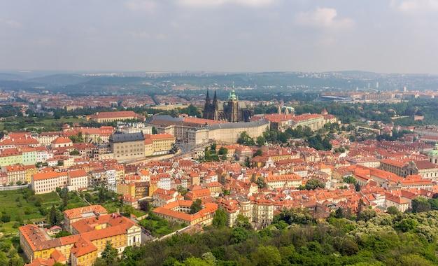 Vista del castello di praga Foto Premium