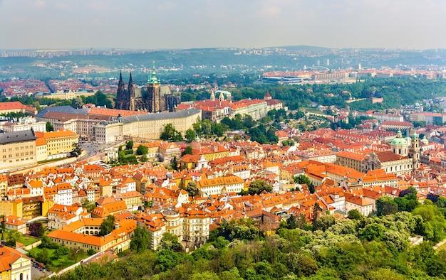 Vista del castello di prazsky hrad Foto Premium