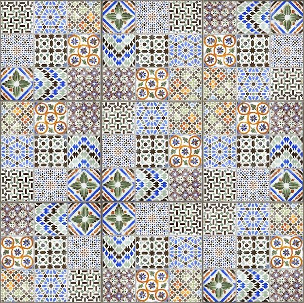 Struttura e fondo della decorazione della parete delle piastrelle di ceramica dell'annata Foto Premium