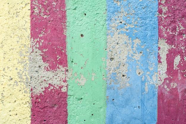 Sfondo multicolore vintage o grunge di cemento naturale o vecchia struttura in pietra come un muro modello arcobaleno retrò. invecchiato, costruzione. Foto Premium