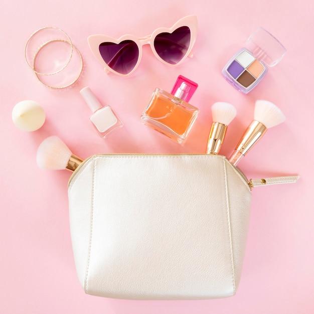 Prodotti cosmetici per donna Foto Premium
