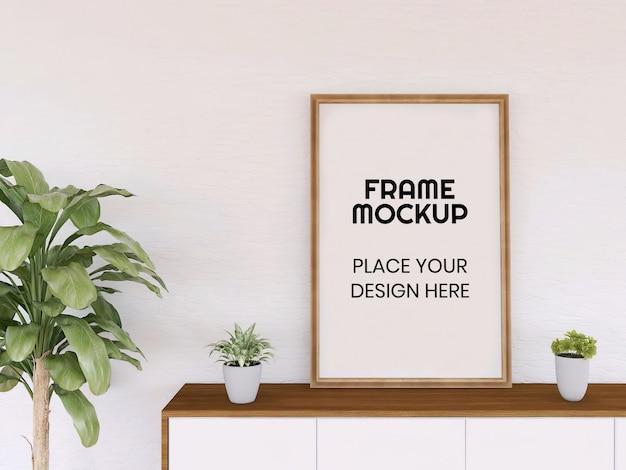 Blank photo frame mockup sulla scrivania Psd Premium