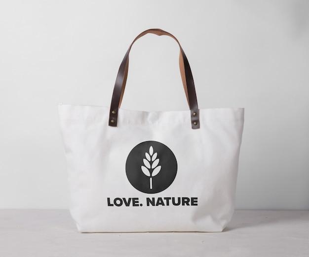Mockup di borsa tote in tela isolato Psd Premium